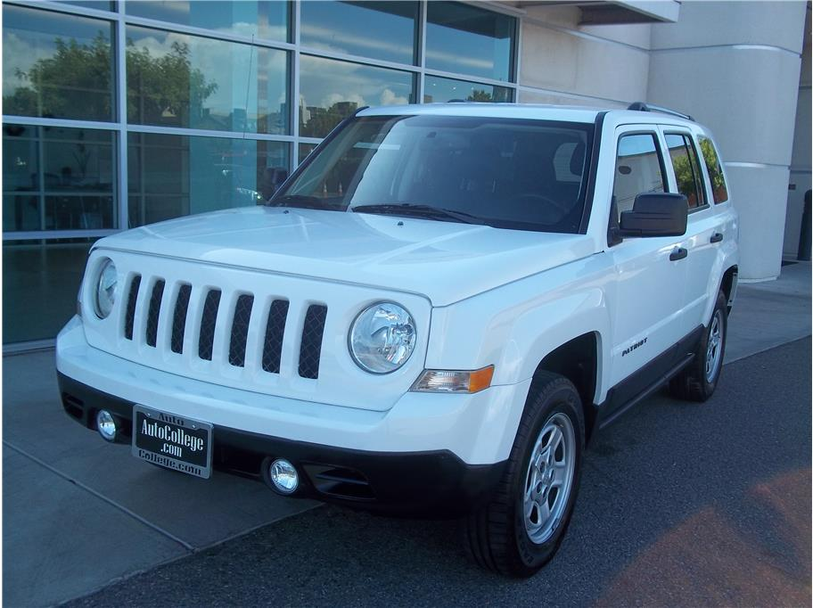 2017 Jeep Patriot from Auto College