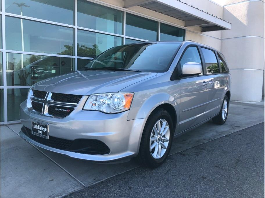2014 Dodge Grand Caravan Passenger from Auto College