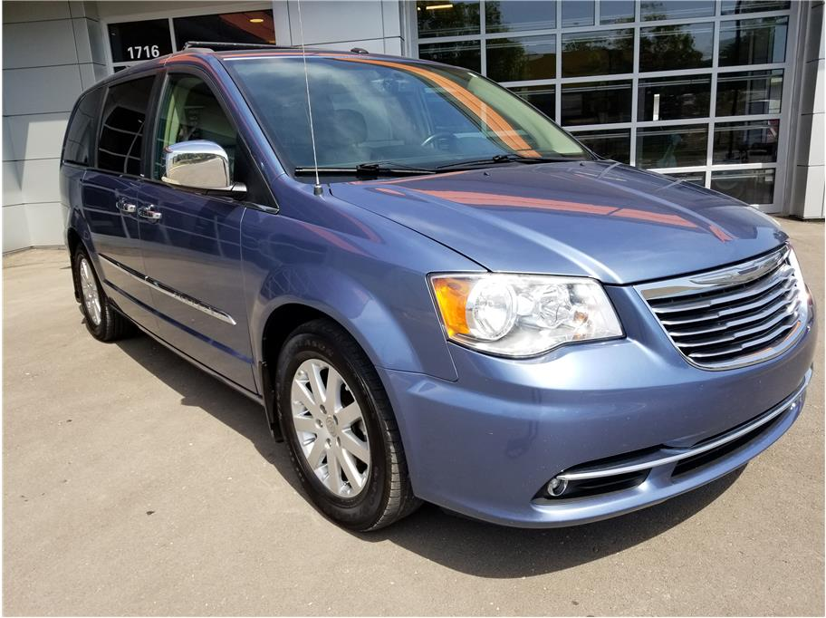 2011 Chrysler Town & Country from 6th Street Auto
