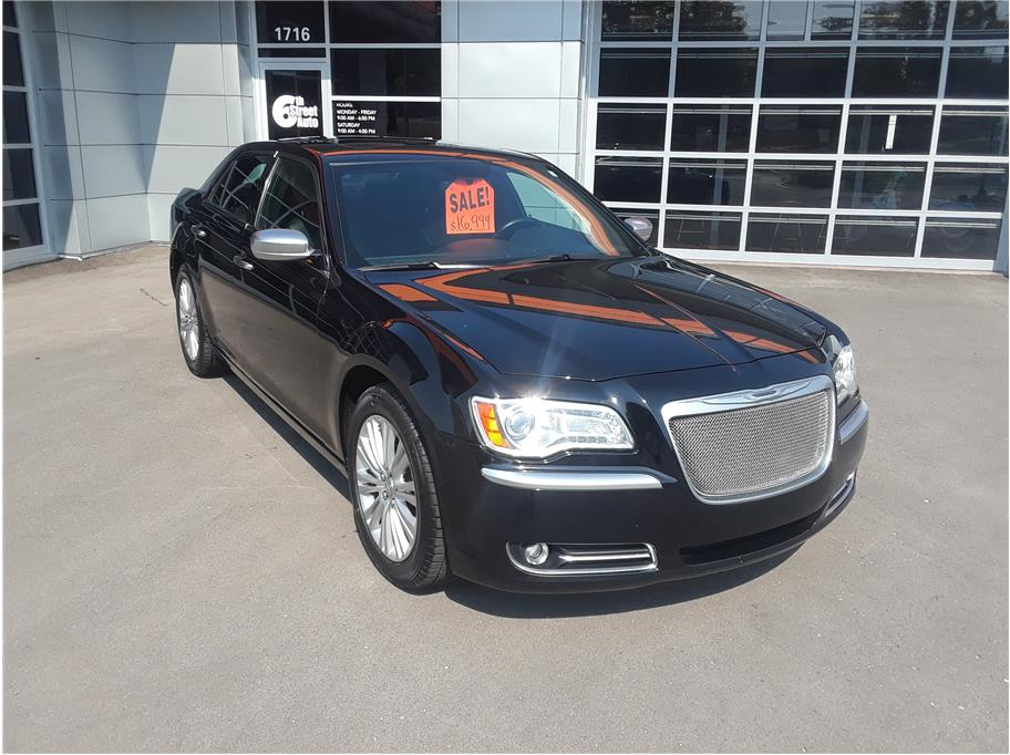 2014 Chrysler 300 from 6th Street Auto