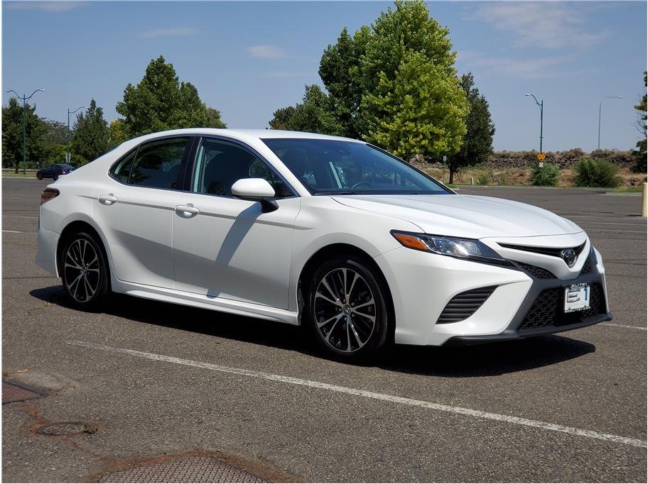 2020 Toyota Camry from Elite 1 Auto Sales