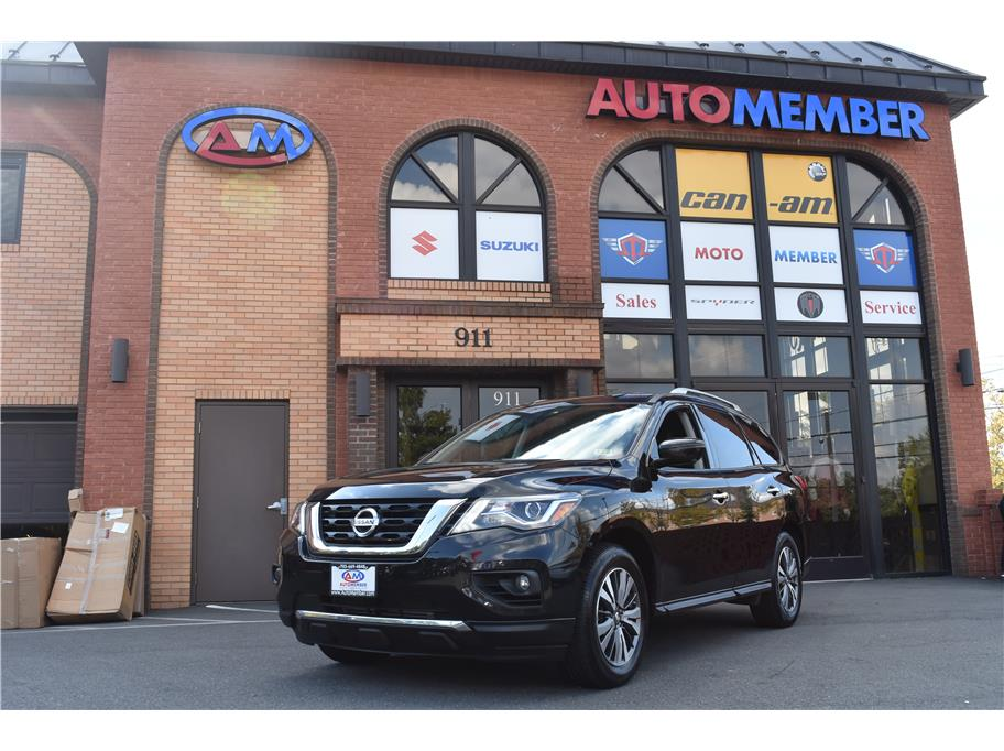 2017 Nissan Pathfinder from AutoMember