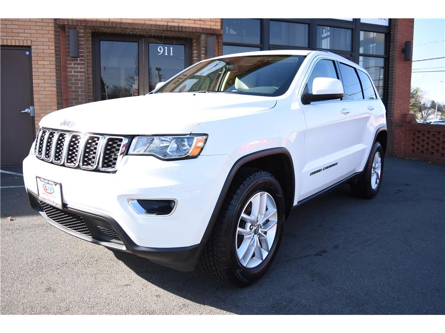 2017 Jeep Grand Cherokee from AutoMember