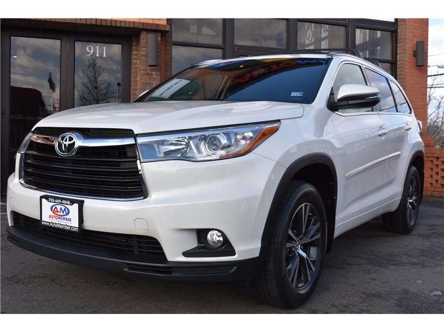 2016 Toyota Highlander from AutoMember