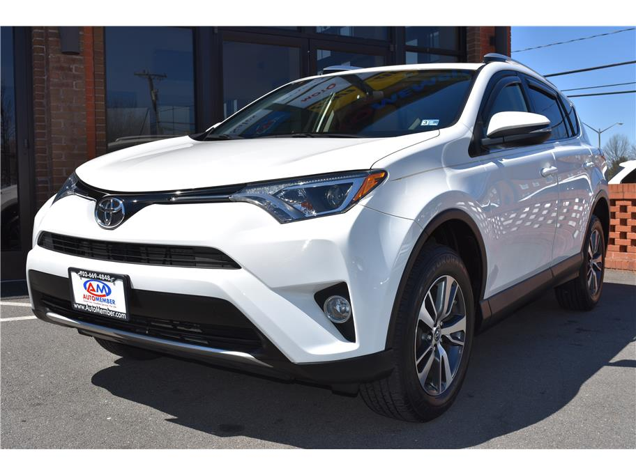 2016 Toyota RAV4 from AutoMember