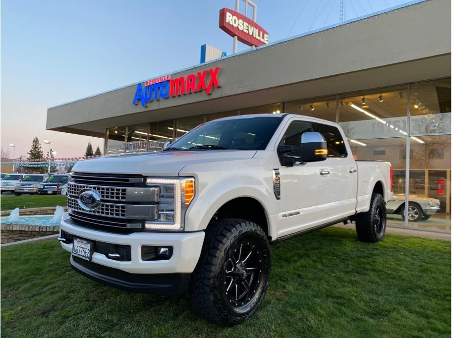 2017 Ford F350 Super Duty Crew Cab from Roseville AutoMaxx