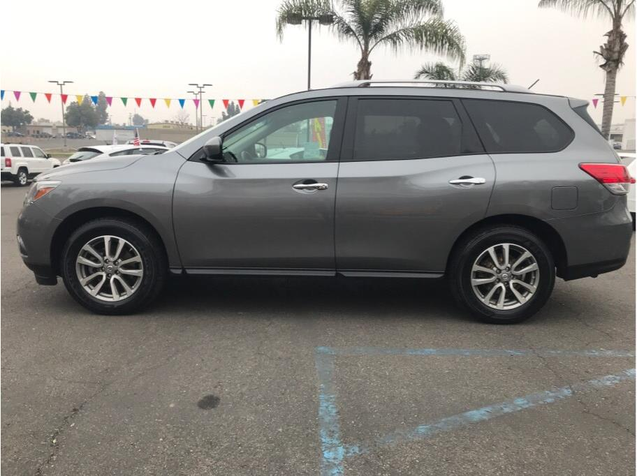 2015 Nissan Pathfinder from Valley Auto Choice
