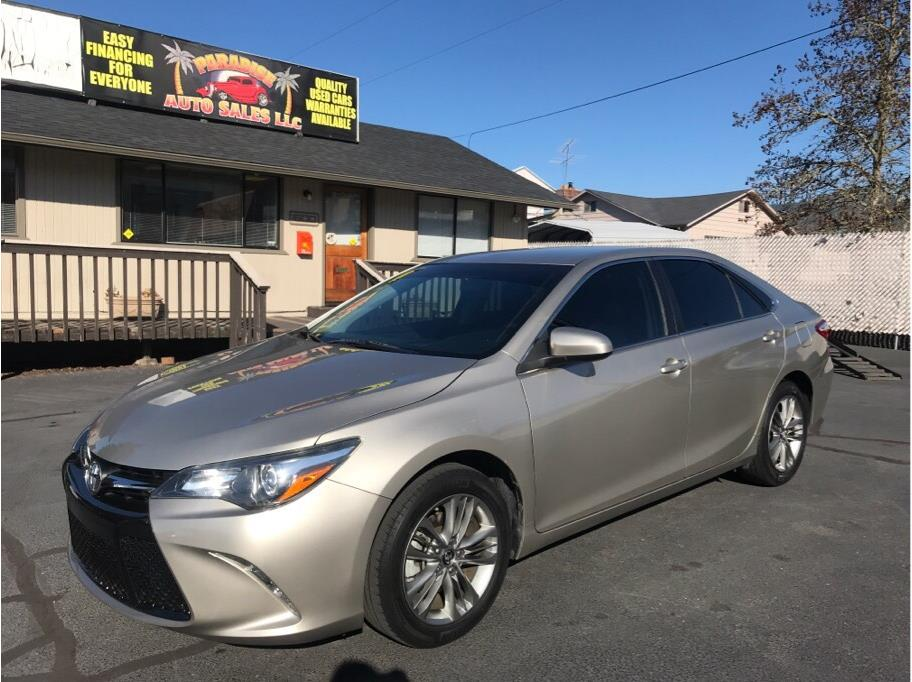 2015 Toyota Camry from Paradise Auto Sales - Medford