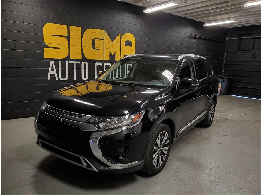 2019 Mitsubishi Outlander from Sigma Auto Group