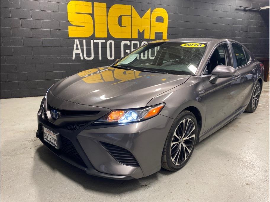 2018 Toyota Camry Hybrid from Sigma Auto Group