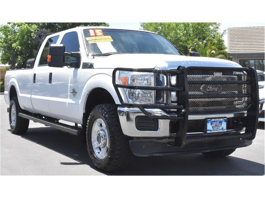 2015 Ford F350 Super Duty Crew Cab from Atwater Auto World