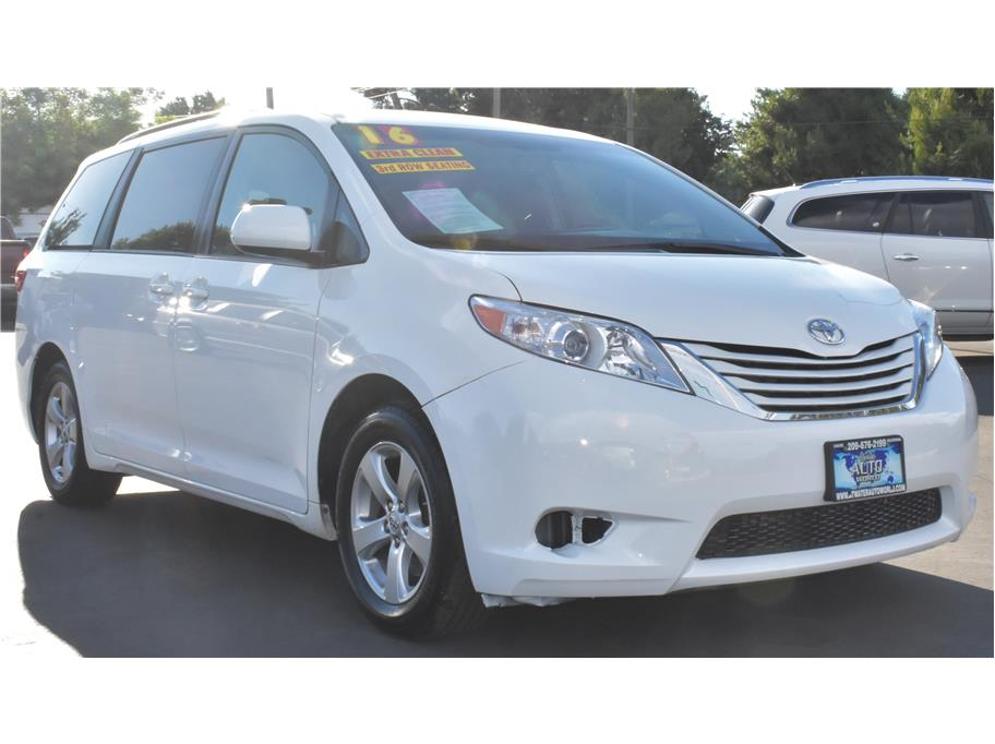 2016 Toyota Sienna from Atwater Auto World