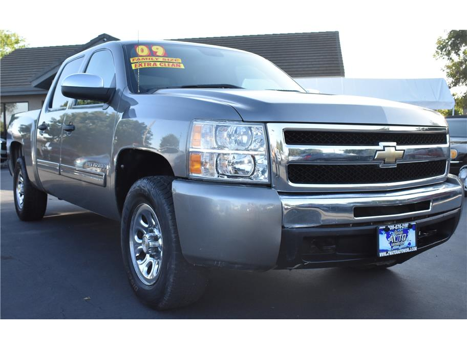 2009 Chevrolet Silverado 1500 Crew Cab from Atwater Auto World