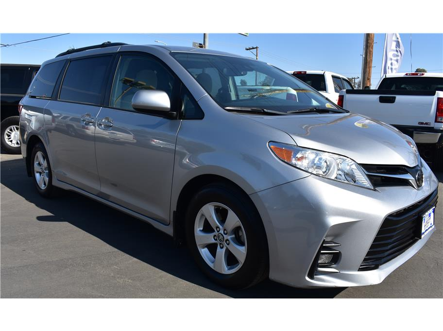2018 Toyota Sienna from Atwater Auto World
