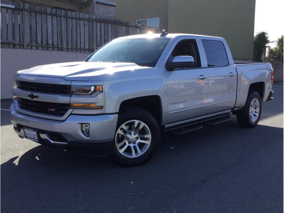 2018 Chevrolet Silverado 1500 Crew Cab from Daly City Mitsubishi
