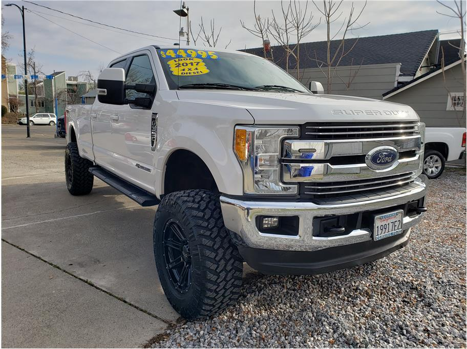 2017 Ford F350 Super Duty Crew Cab from Advanced Auto Wholesale II