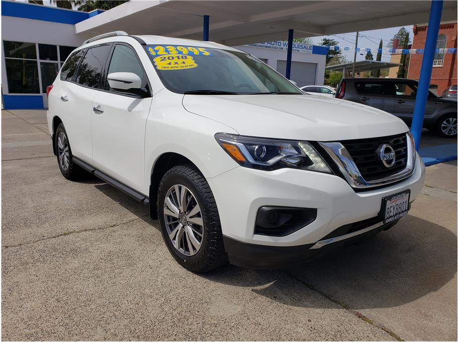 2018 Nissan Pathfinder from Advanced Auto Wholesale II