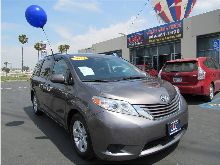 2016 Toyota Sienna from USA Auto Group