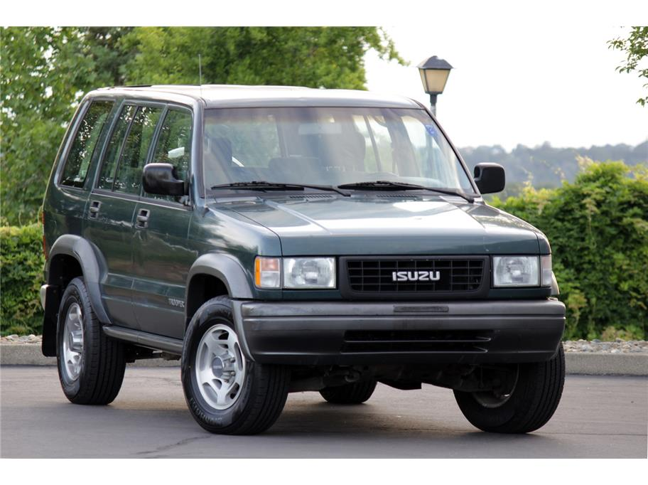 1996 Isuzu Trooper from Prestige Motors