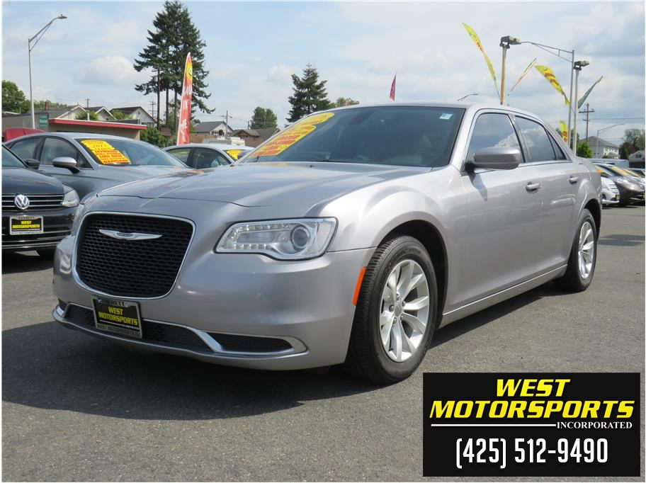 2016 Chrysler 300 from West Motorsports Inc.