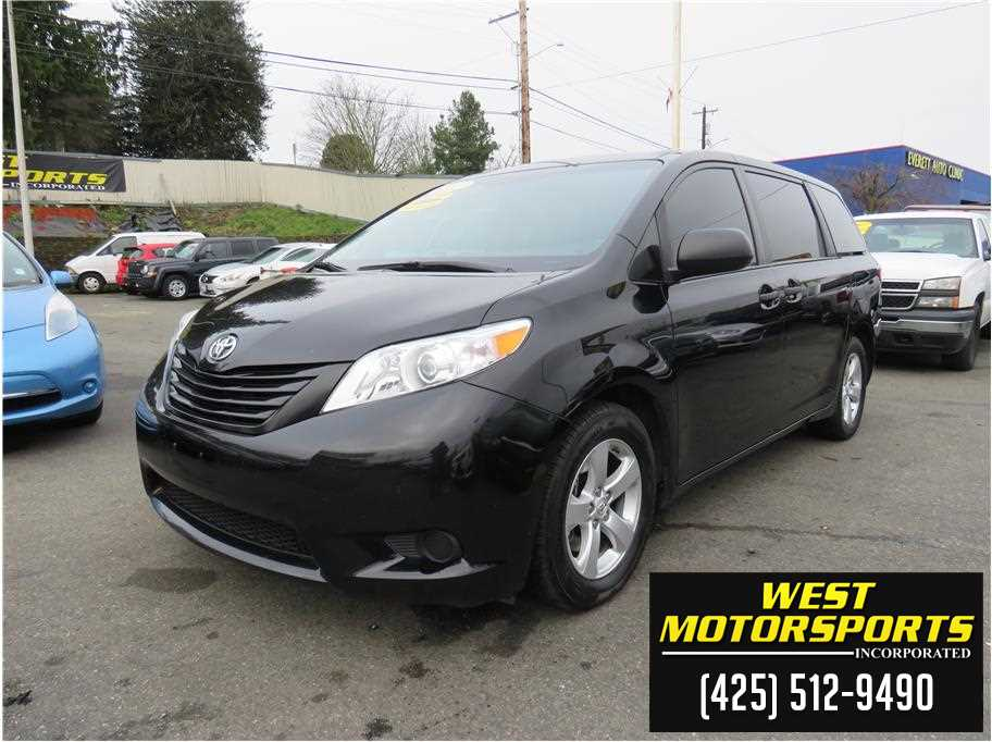 2017 Toyota Sienna from West Motorsports Inc.