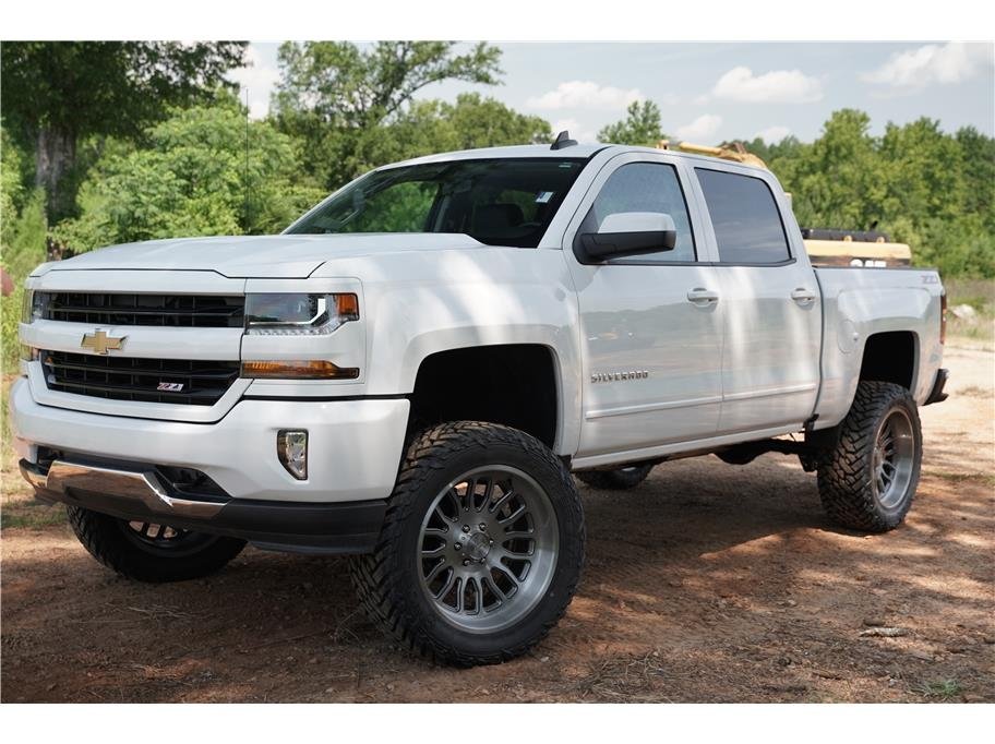 2018 Chevrolet Silverado 1500 Crew Cab from GOLDEN MOTORS