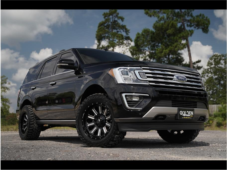 2018 Ford Expedition from GOLDEN MOTORS