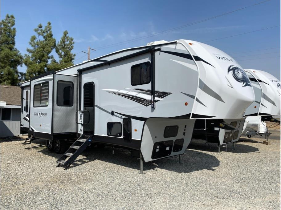 2021 FOREST RIVER WOLFPACK CKF325 from Epic RV Liquidators