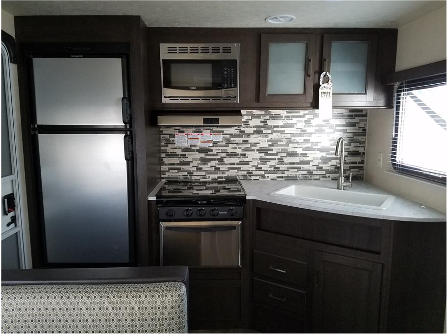 2019 FOREST RIVER Salem T231RKXL from Epic RV Liquidators