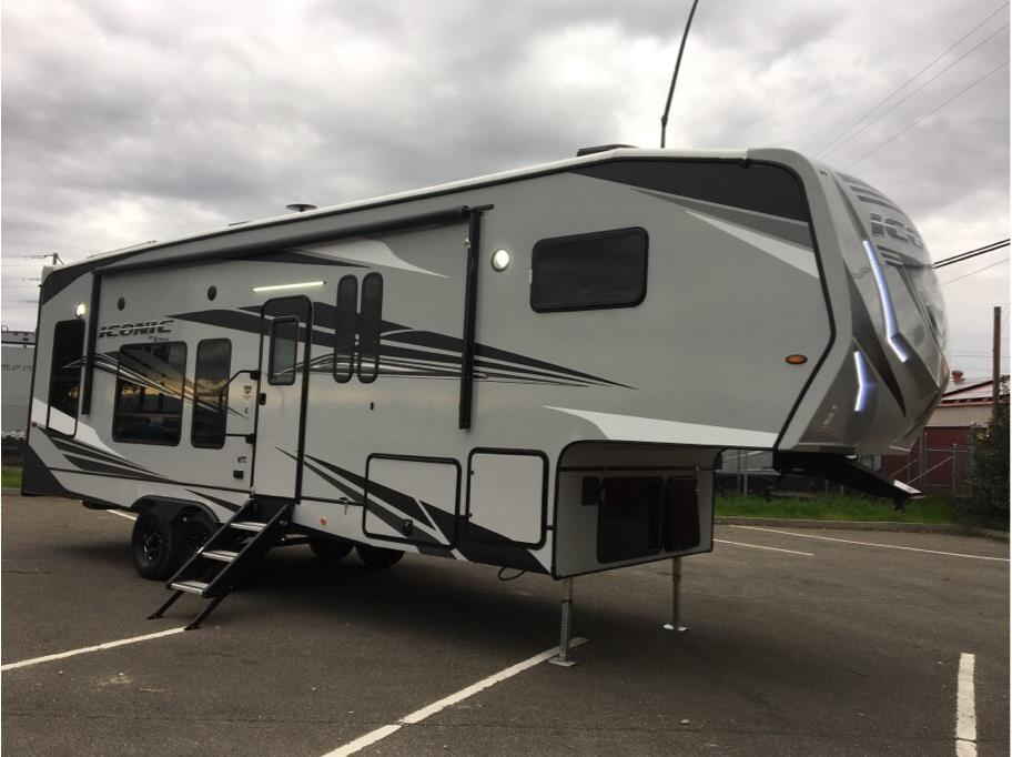 2020 Eclipse Iconic 2814SG from Epic RV Liquidators