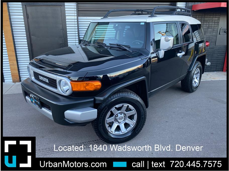2014 Toyota FJ Cruiser from Urban Motors