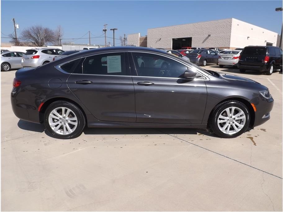 2015 Chrysler 200 from Barrett Motors