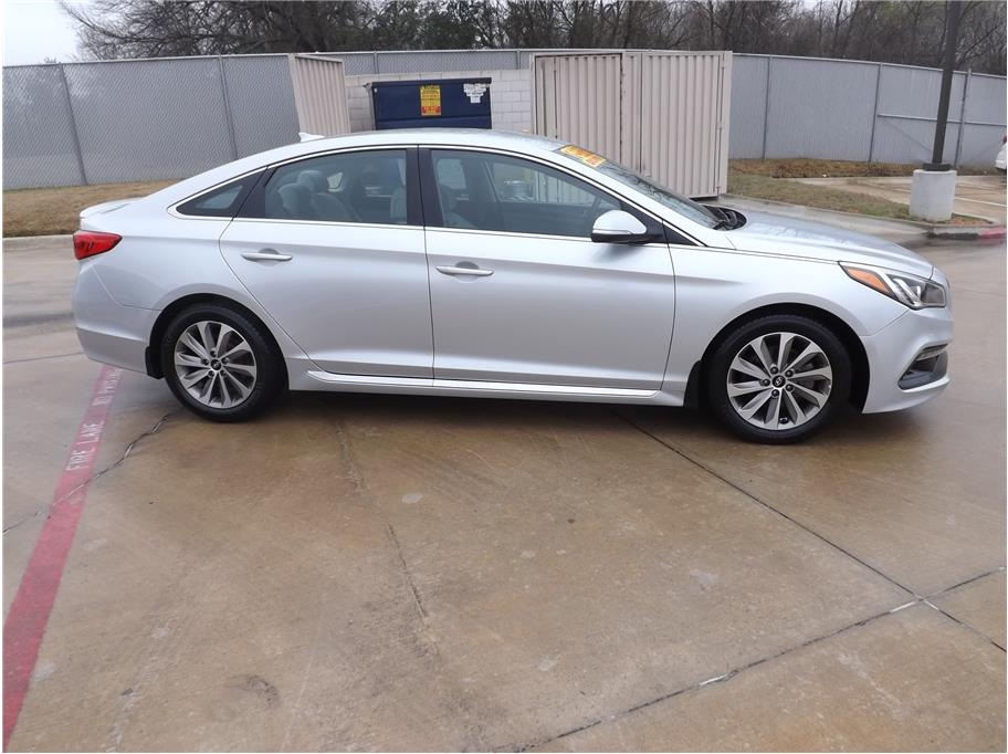 2015 Hyundai Sonata from Barrett Motors