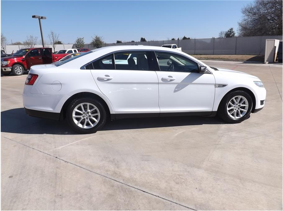 2015 Ford Taurus from Barrett Motors