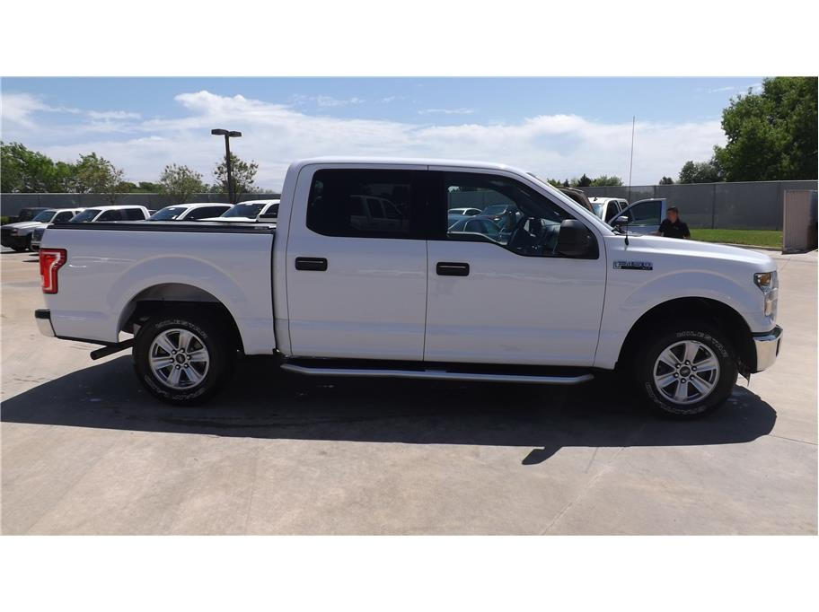 2015 Ford F150 SuperCrew Cab from Barrett Motors