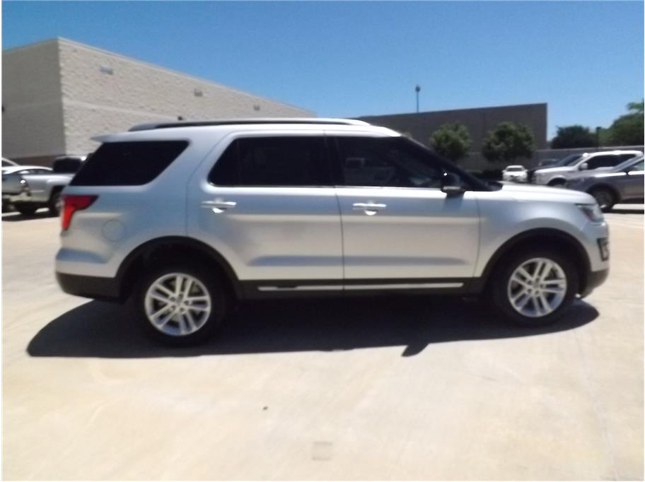 2016 Ford Explorer from Barrett Motors
