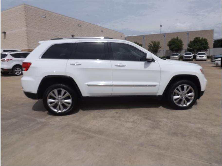 2013 Jeep Grand Cherokee from Barrett Motors