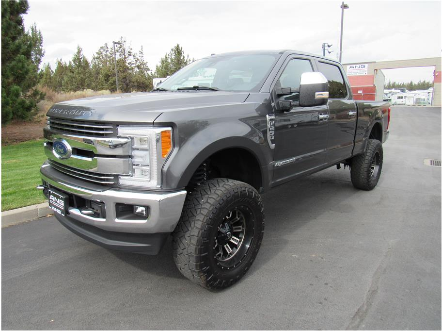 2018 Ford F250 Super Duty Crew Cab from Auto Network Group Northwest Inc.
