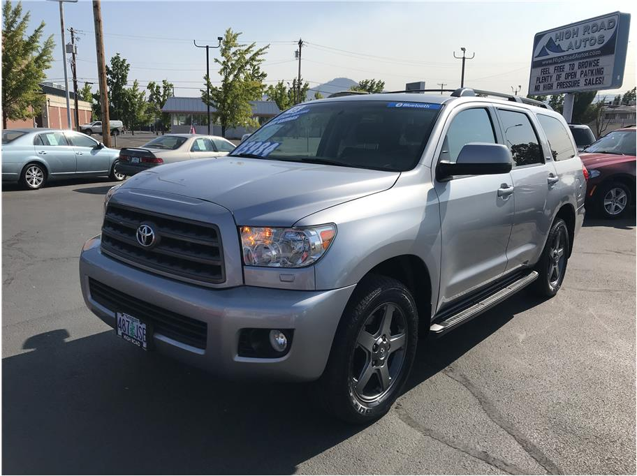 2015 Toyota Sequoia from High Road Autos