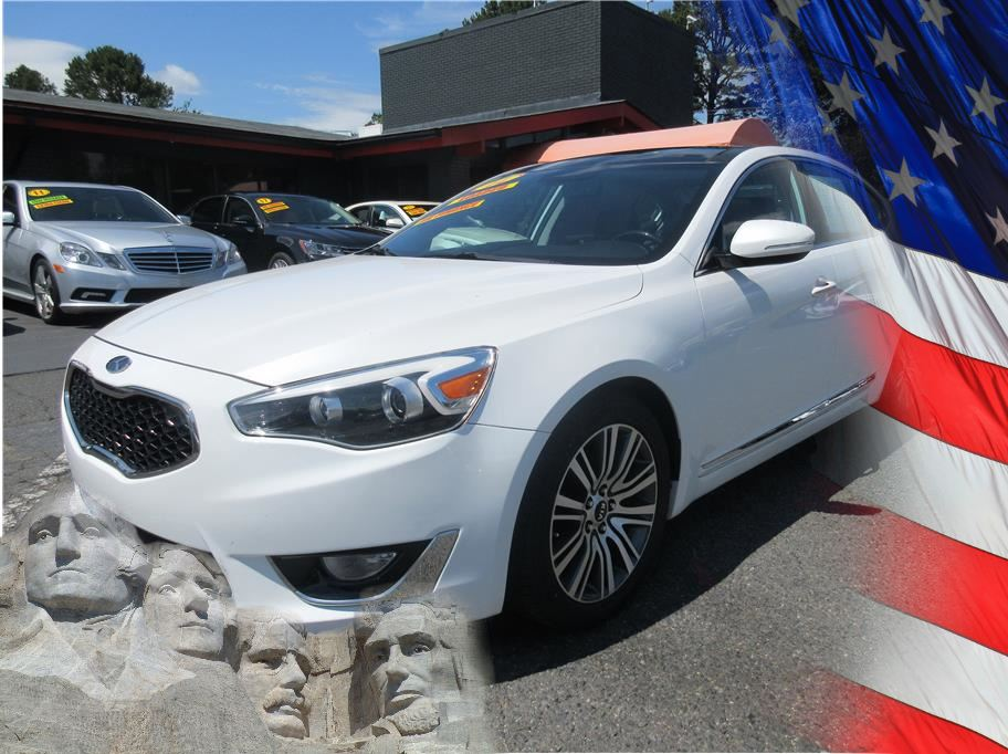 2014 Kia Cadenza from CAR BY U