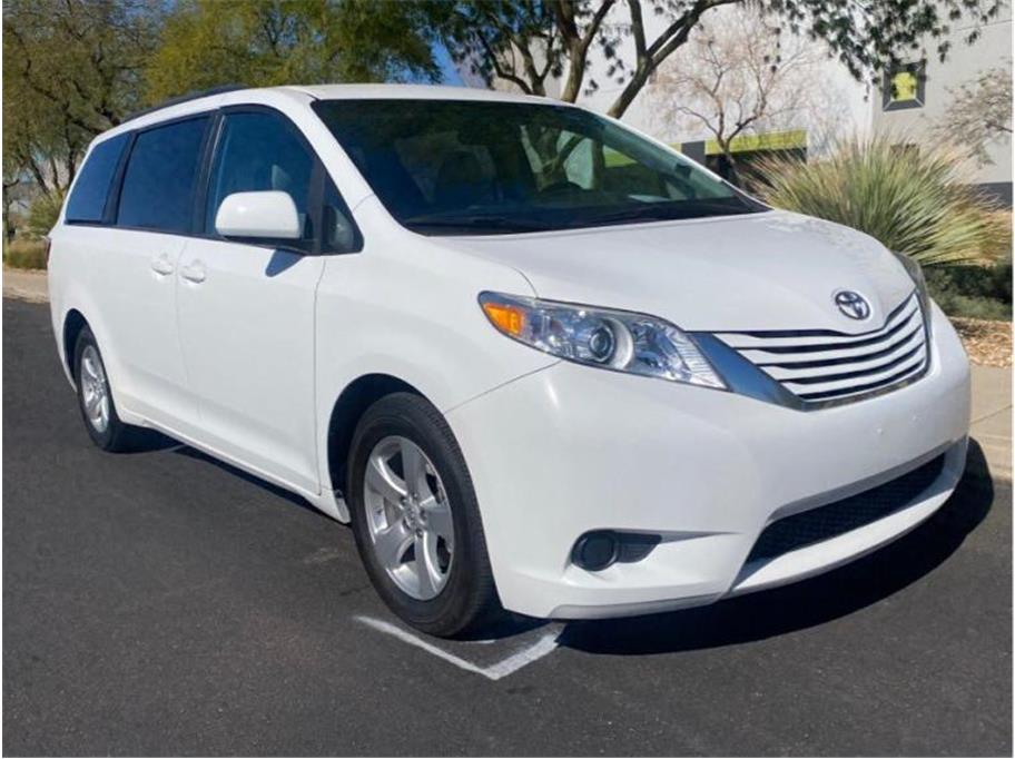 2017 Toyota Sienna from Eclipse Motors Company