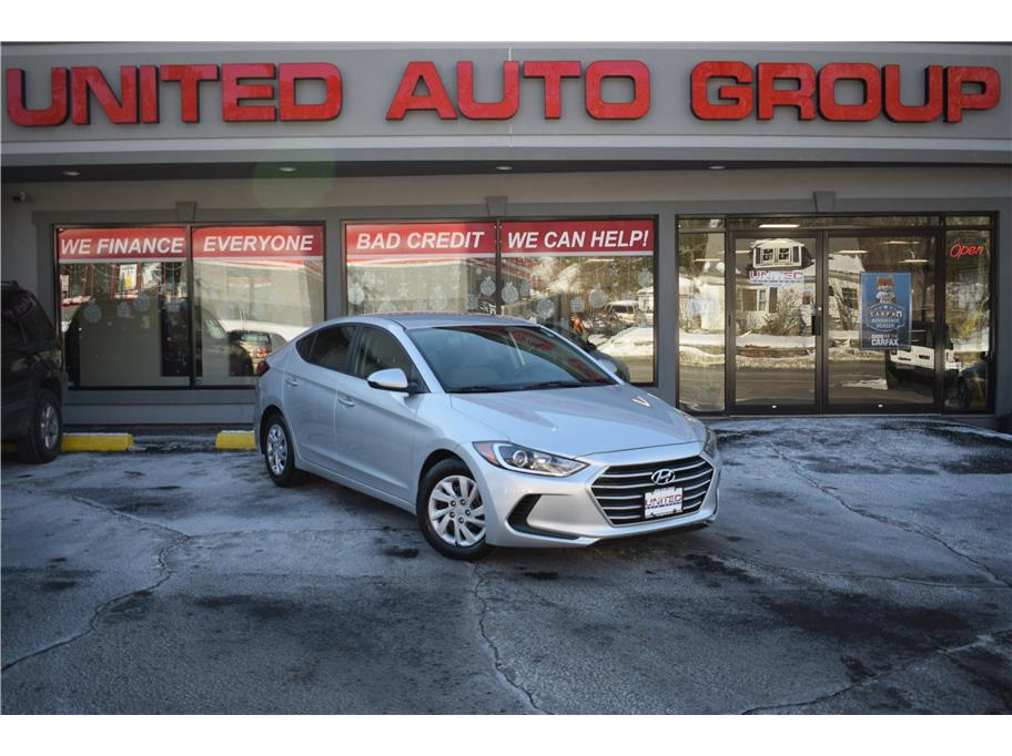 2017 Hyundai Elantra from United Auto Group