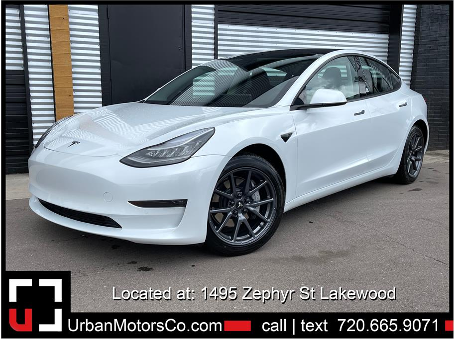 2018 Tesla Model 3 from Urban Motors 3