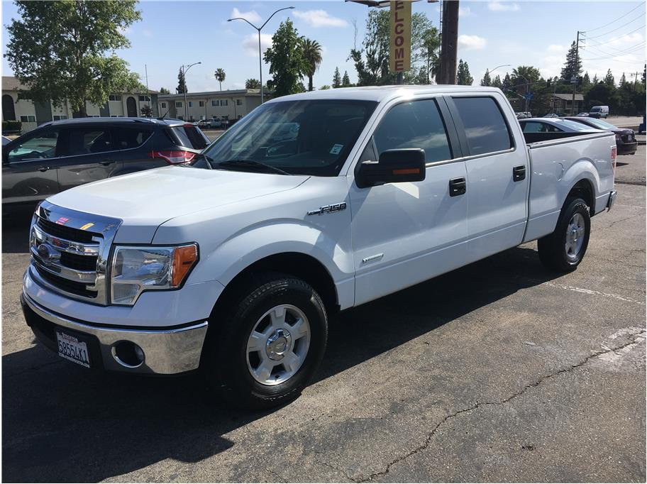 2013 Ford F150 SuperCrew Cab from USMotorsStockton.com