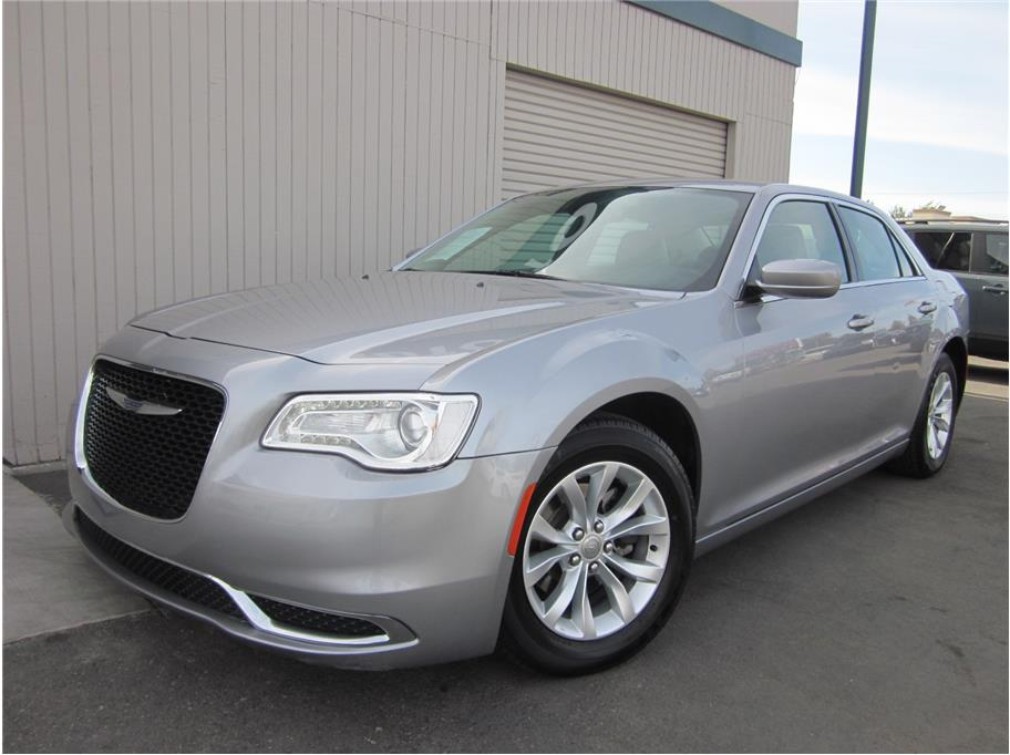 2016 Chrysler 300 from A & M Auto