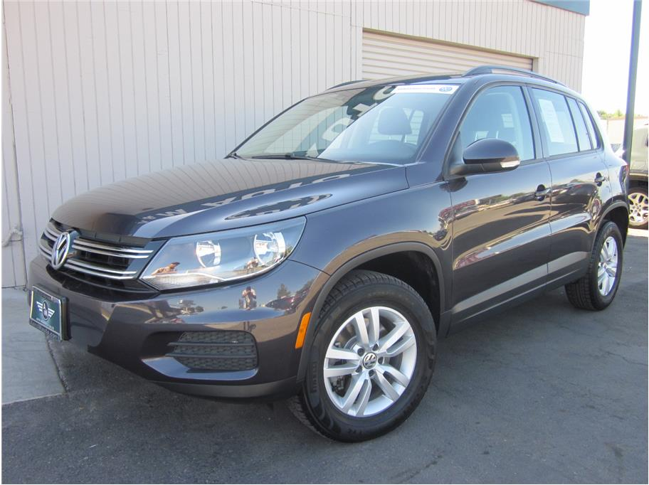 2016 Volkswagen Tiguan from A & M Auto