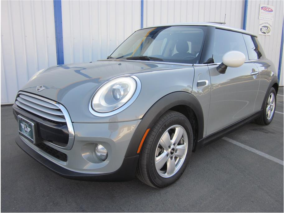 2015 MINI Hardtop 2 Door from A & M Auto