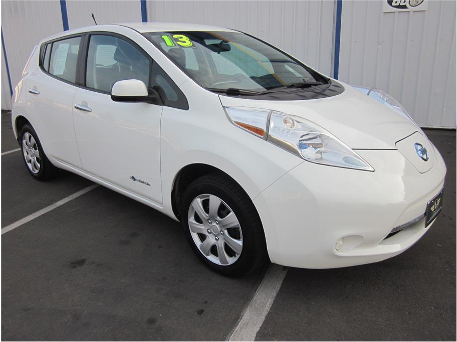 2013 Nissan LEAF from A & M Auto
