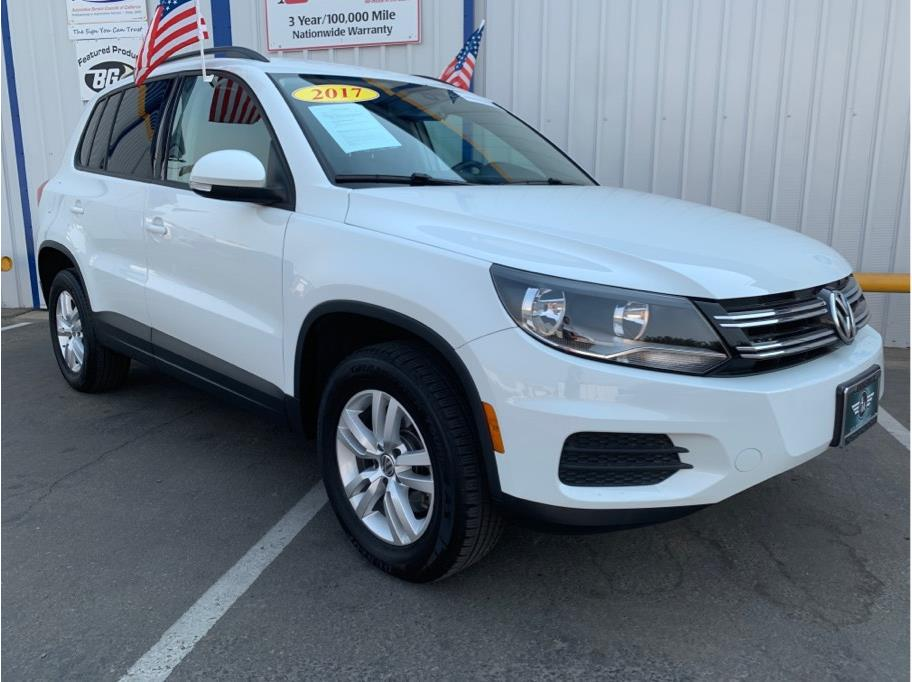 2017 Volkswagen Tiguan Limited from A & M Auto