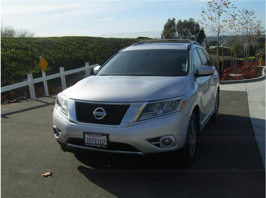 2014 Nissan Pathfinder from Elias Motors Inc